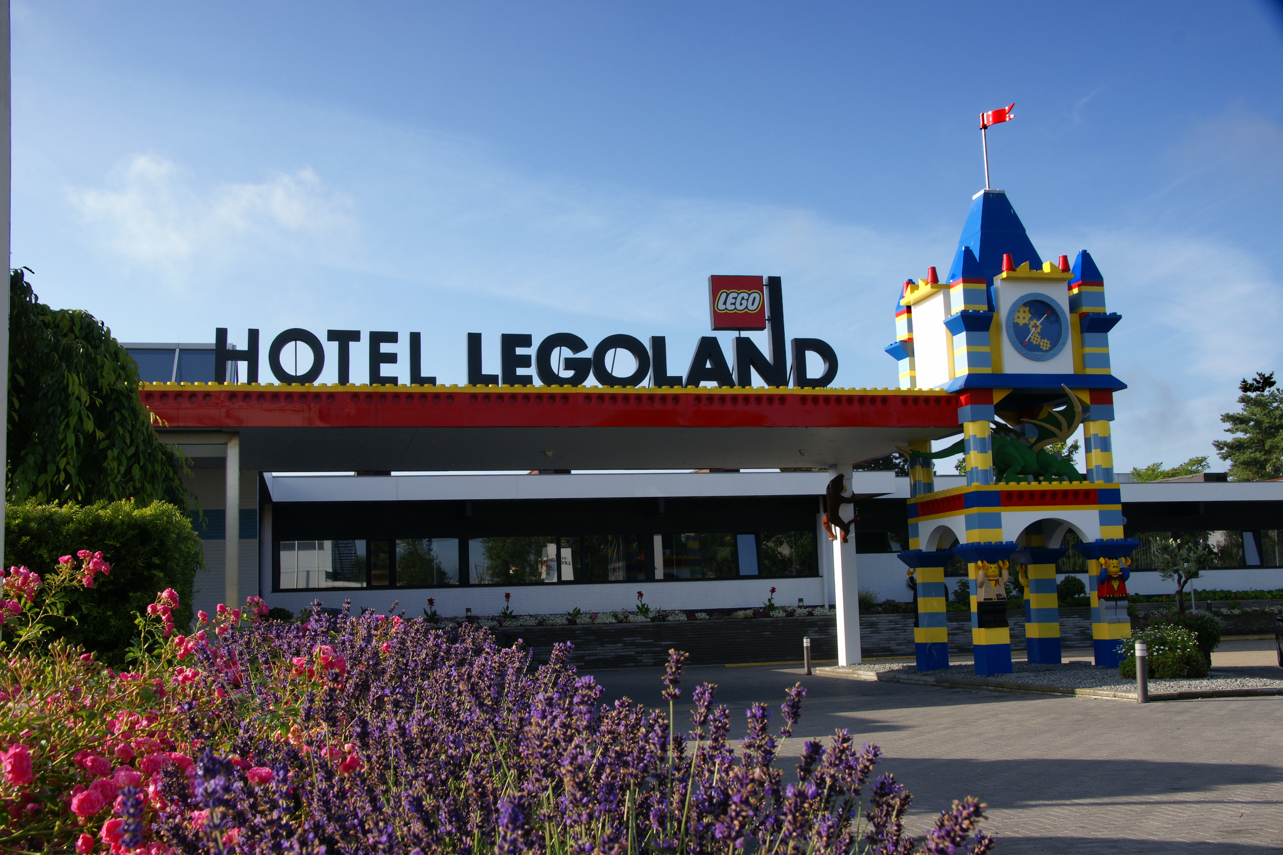 Park and hotel Legoland in Denmark: tours and photos